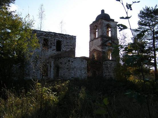 Междуозерская Богородицерожденственская церковь в наши дни, не действует