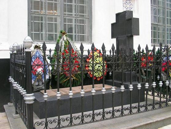 могила Столыпина в Киево-Печерской Лавре