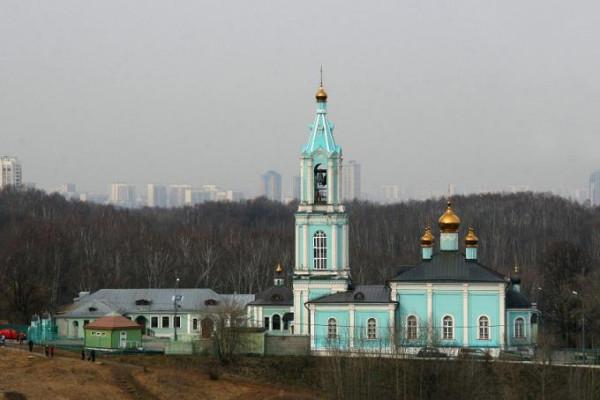 Церковь Рождества Пресвятой Богородицы в Крылатском, Москва