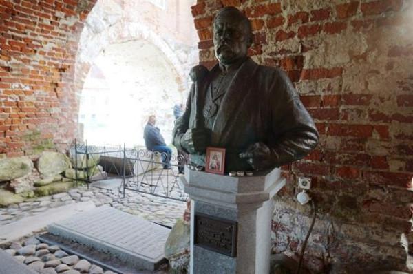 Праведный Петр (Калнышевский), атаман Запорожской Сечи, на могиле в Соловецком Преображенском монастыре
