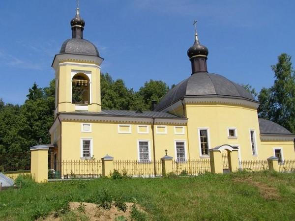 Церковь Преображения Господня в селе Легчищево