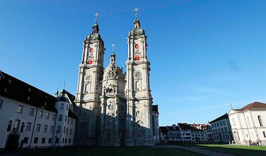 Монастырь Святого Галла (Санкт-Галленское аббатство), (нем. Fürstabtei St. Gallen) — бенедиктинский монастырь