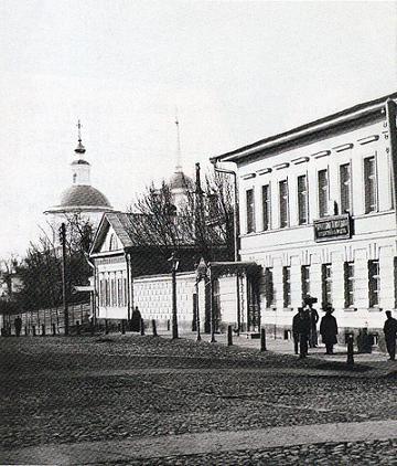 Улица Варварская с видом на храм св. вмц. Варвары, Нижний Новгород, фото начала XX века