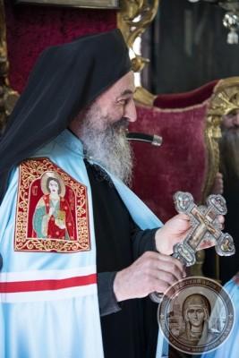 Предстоятель УПЦ встретил на Афоне свой день рождения и наградил панагией 100-летнего афонского игумена Иеремию (Алехина) 1