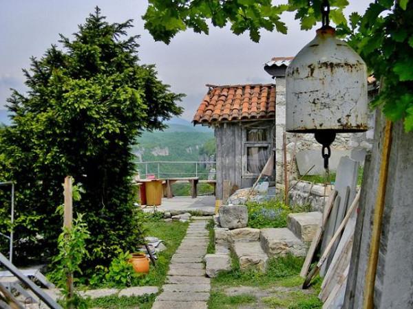 Кацхийский столп, или столп Кацхи, Грузия 4