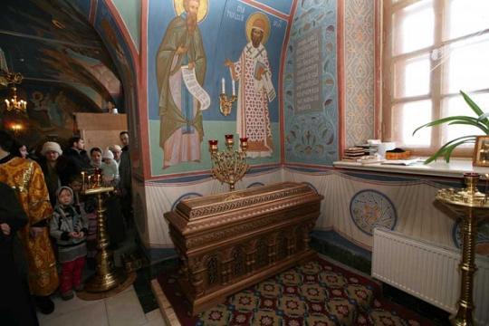 Святитель Варлаам (Петров-Лавровский), архиепископ Тобольский и Сибирский, рака с мощами