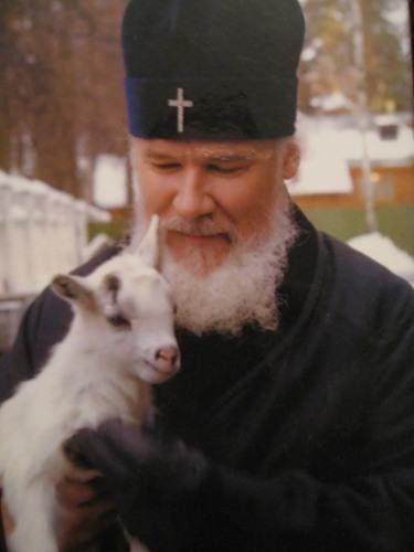 Патриарх Алексий 2  с ягненком