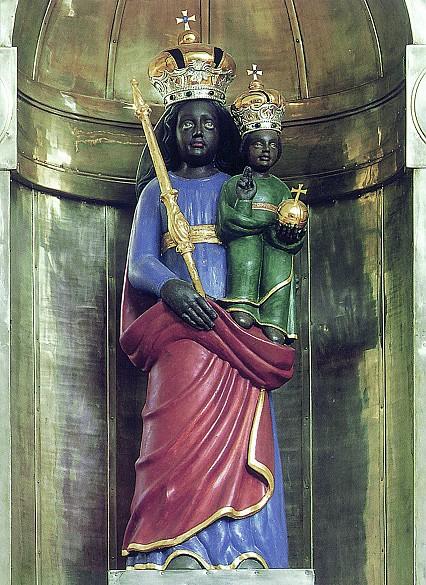 статуя_Девы_Марии_в_Лоретто