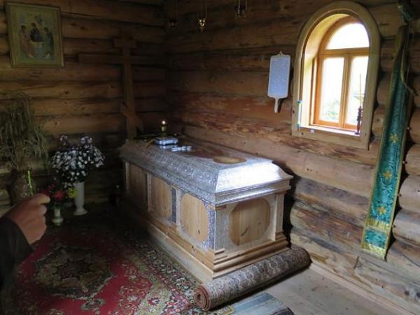 Мощи преподобного Павла Обнорского