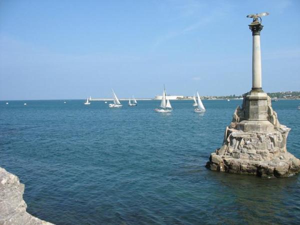 Севастополь сегодня памятник затопленным кораблям