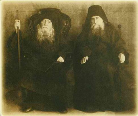 Афонские старцы иеросхимонах Иероним (Соломенцов) и архимандрит Макарий (Сушкин)