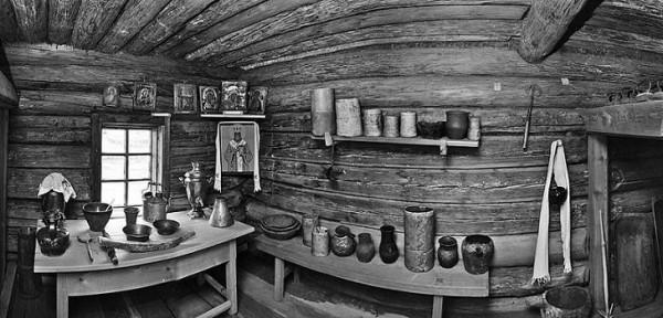 Дом-музей святителя Иннокентия в поселке Анга (дом святителя восстановили уже в настоящее время)