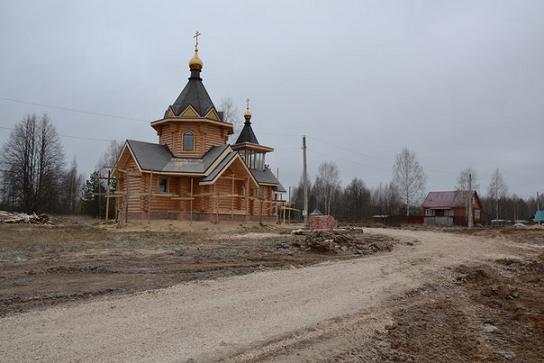 храм блаженной Матроны Анемнясевской в Анемнясево, фото декабрь 2015 года