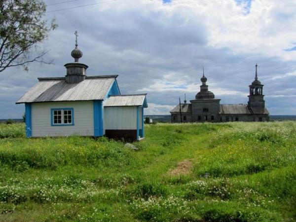 часовня Кирилла (Кириака) Сырьинского и Никольская церковь, Сырья. Онежский район