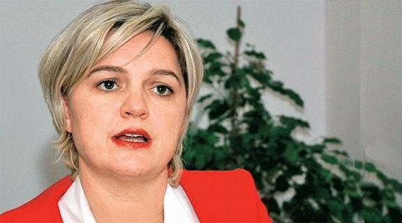 Депутат от крупнейшей турецкой оппозиционной Республиканской-народной партии Selin Saye Böke приняла Православие