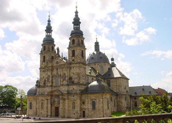 Фульдский монастырь, основанный святым Вонифатием Фульдским, Германия