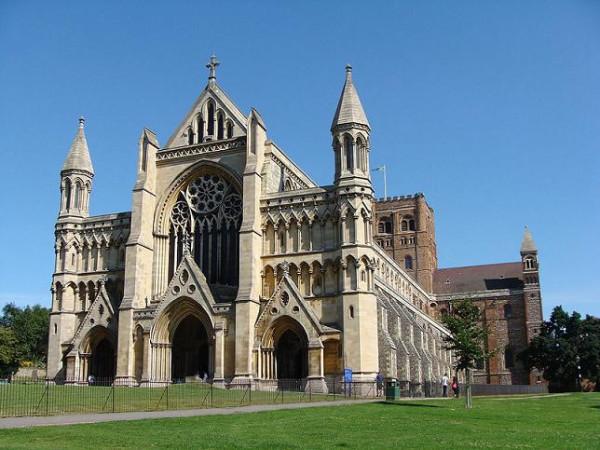 собор Сент-Олбанс, пригород Лондона, Великобритания