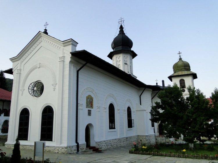 Монастырь_Агапия_Ветхая_в Молдове