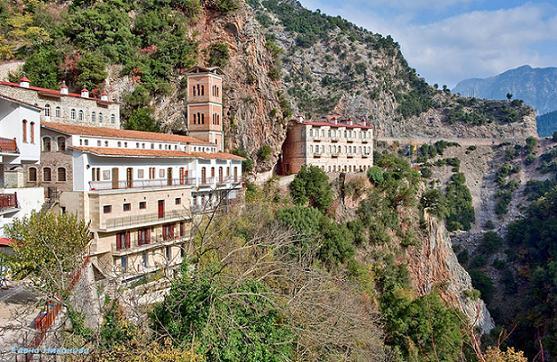 Монастырь Панагии Прусиотиссы  возле деревни Карпенисион, Эвритания (Греция)