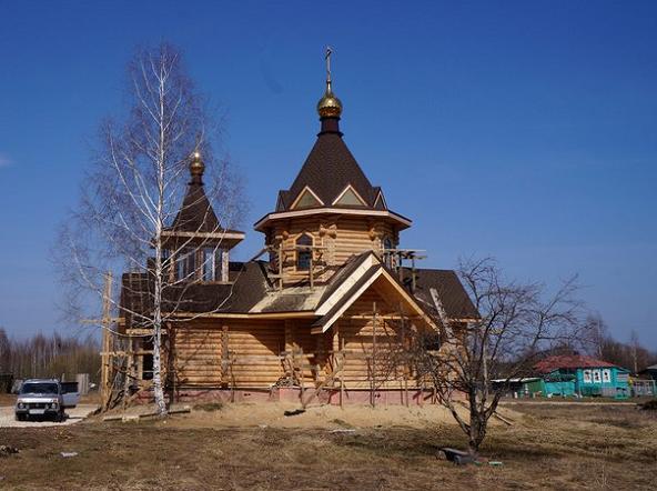 Храм Святой Блаженной Матроны Анемнясевской. Работы продолжаеюся.