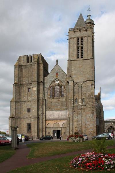 Дольский собор, Бретань, Франция