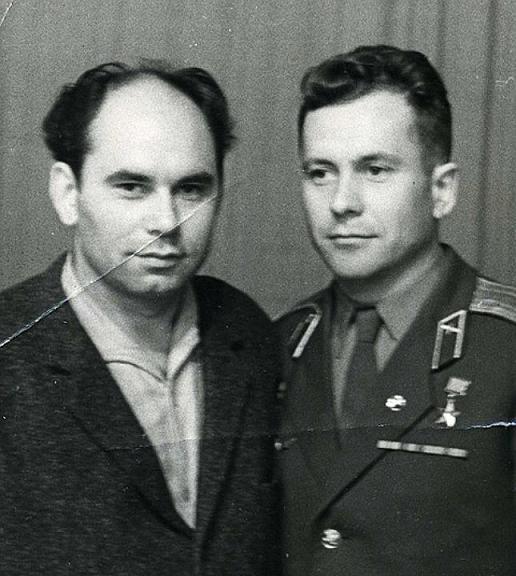 Василий Песков с космонавтом Германом Титовым