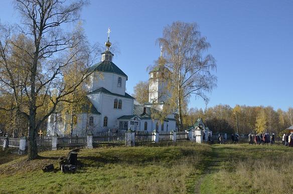 Покровская церковь с.Маккавеево (п.Сынтул) совремнный вид