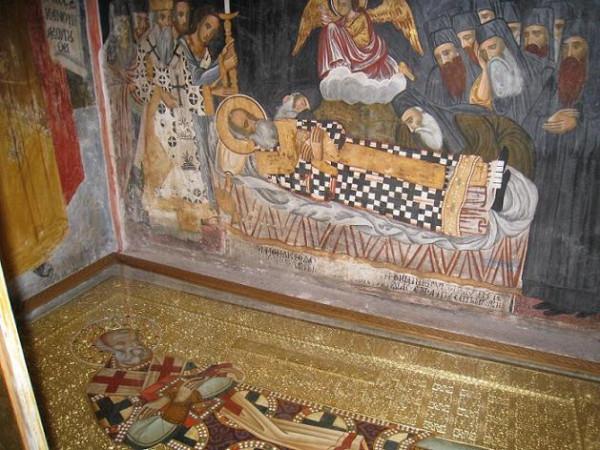 Святитель Нифонт II Константинопольский, патриарх - гробница в монастыре Дионисиат, Афон