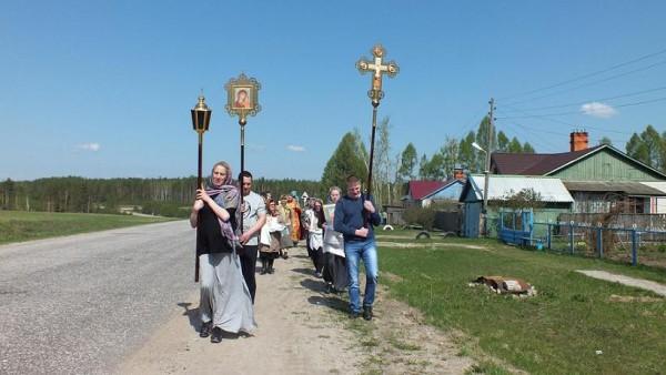 Крестный ход вокруг села Ильинское май 2016 4