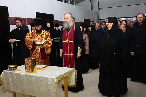 владыка Феогност совершил литургию в Свято-Троицком Стефано-Махрицком ставропигиальном женском монастыре