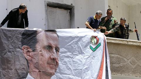 Сирийский президент Башар Асад издал указ об амнистии для всех боевиков