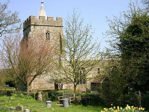 Церковь св. Марии и св. Этельбурги в Лиминдже на месте основанного св. Этельбургой монастыря, Кент, Великобритания