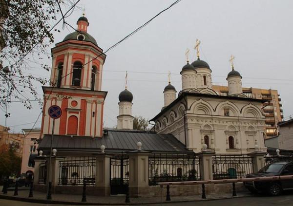 Церковь Иоанна Богослова в Бронной слободе в Москве