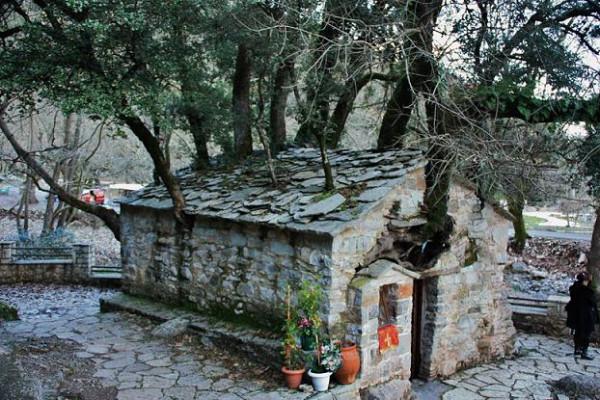 храм святой мученицы Феодоры Вастийской, Васта, Аркадия, Греция