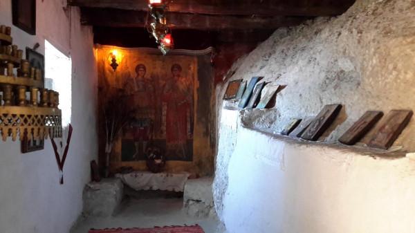 миртиотиссы пещерка