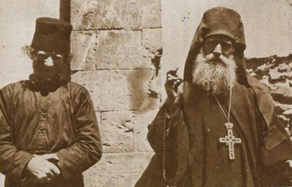 Преподобный Никифор (слева) и его духовник, преподобный Анфим Хиосский