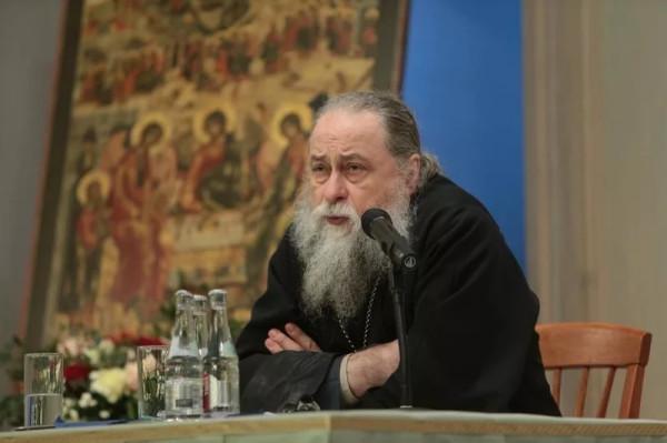 Архимандрит Макарий - насельник Свято-Троицкой Сергиевой Лавры, профессор