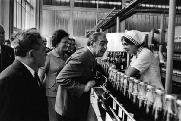 Л. И. Брежнев на предприятии Пепси–Кола, 1974 год
