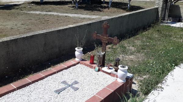 Пантократор Камарела некрополь могила Арсения