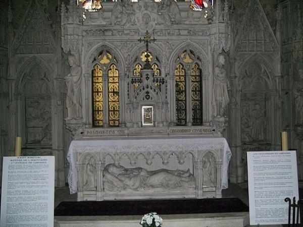 Усыпальница святого Марциала в лиможской церкви Сен-Мишель-де-Льон, где с момента закрытия аббатства хранятся мощи святого