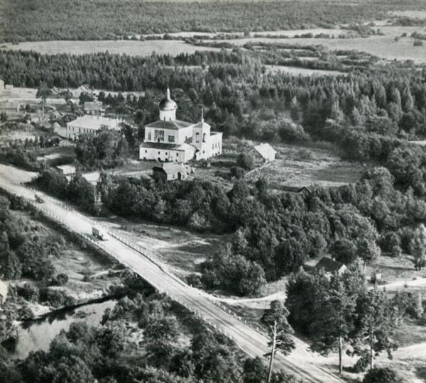 Елизарово. Спасо-Елеазаровский женский монастырь, чото 1960-х гг. из архива Б. Скобельцина