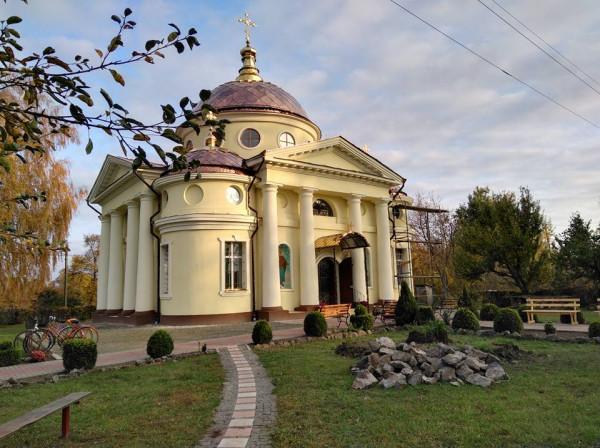 Спасо-Преображенский храм селя Яблуновка, Нежинская епархия, Украина