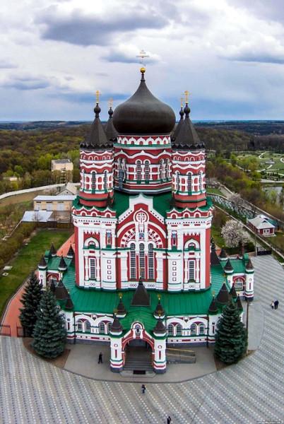 Киевский Свято-Пантелеимоновский женский монастырь в Феофании