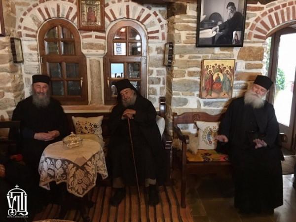 митрополит Онуфрий и игумен Дохиара Зумис