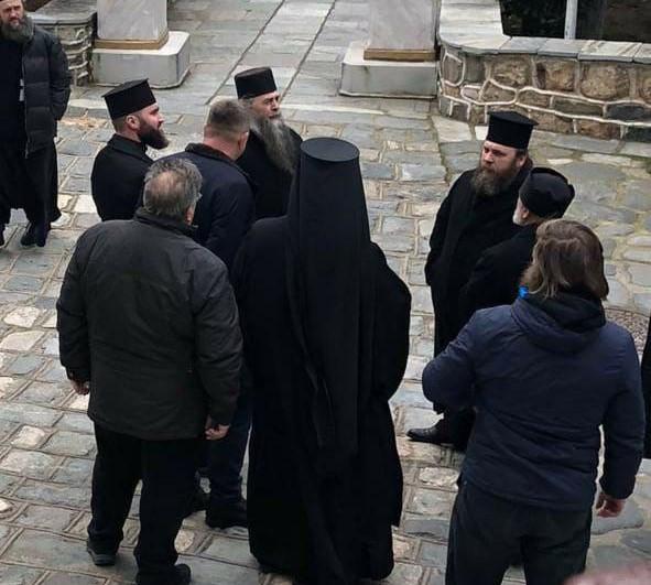 Афон Пантелеимона не признал раскольников
