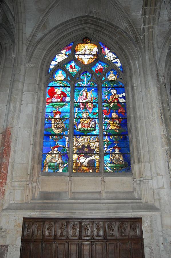 Витражи_церкви_Сент-Этьен-де-Бове_Франция