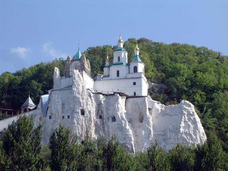 Свято-Успенский_мужской_монастырь,Псков