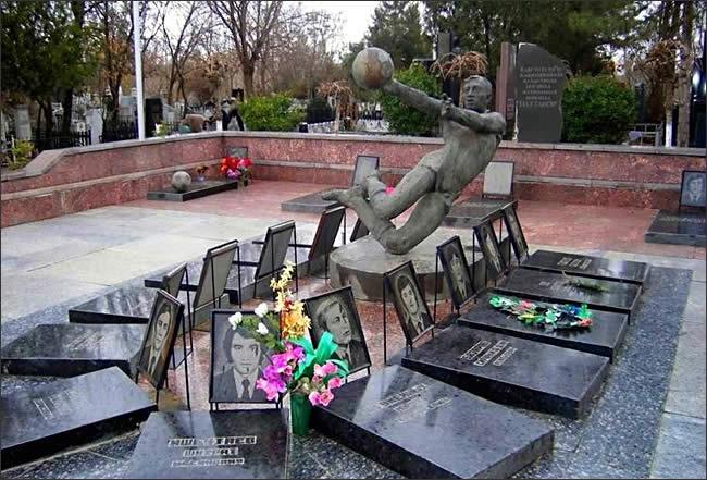 пахтакор_мемориал_ташкент_кладбище_№1