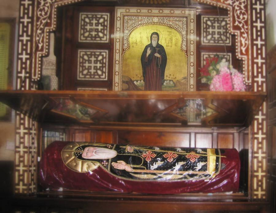 Мощи прп. Псоя Египетского в монастыре Аль-Сириан