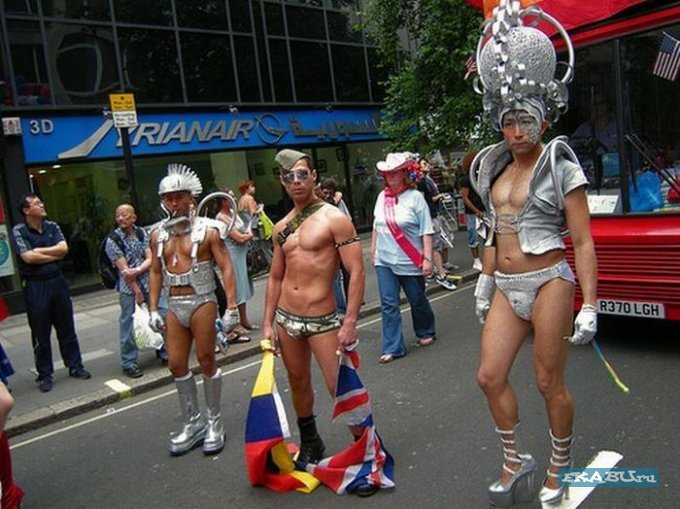 парад_олубых-лондон